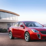 2014-Buick-RegalGS-008