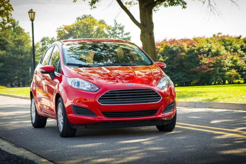 2014_Ford_Fiesta_SFE_45mpg_04s