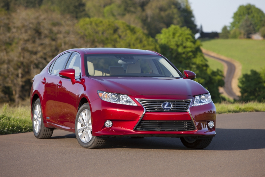 hybrid the review chavez es automotive lexus report
