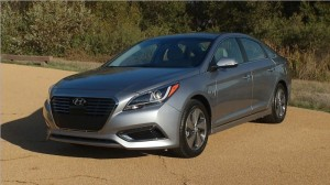 The 2016 Hyundai Sonata Hybrid Limited. (Hyundai)