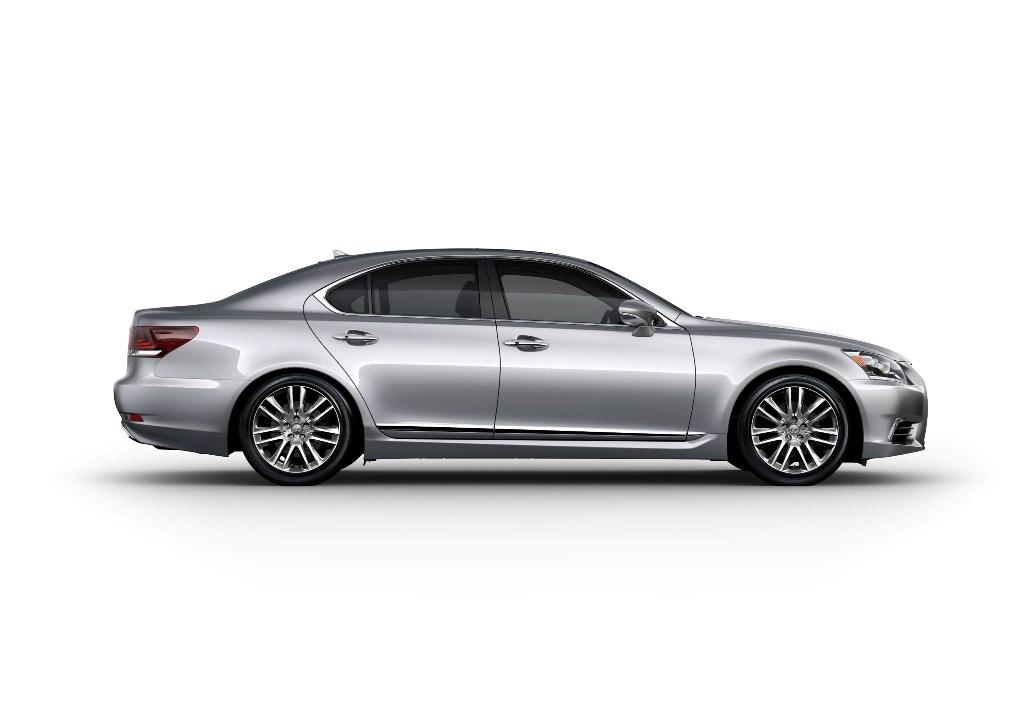 2013_Lexus_LS_460_005_87363E39463C4B4C64F5C221FA517E57D315FD0A