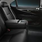 2014-Lexus-LS-interior-black-leather-trim-overlay-1204x677-L461162