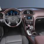2015-Buick-Enclave-018