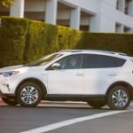 2016_Toyota_RAV4_Hybrid_XLE_10_9B7BF5CEFCFDACE4E72F0EBDA2B468BD4E4469D1