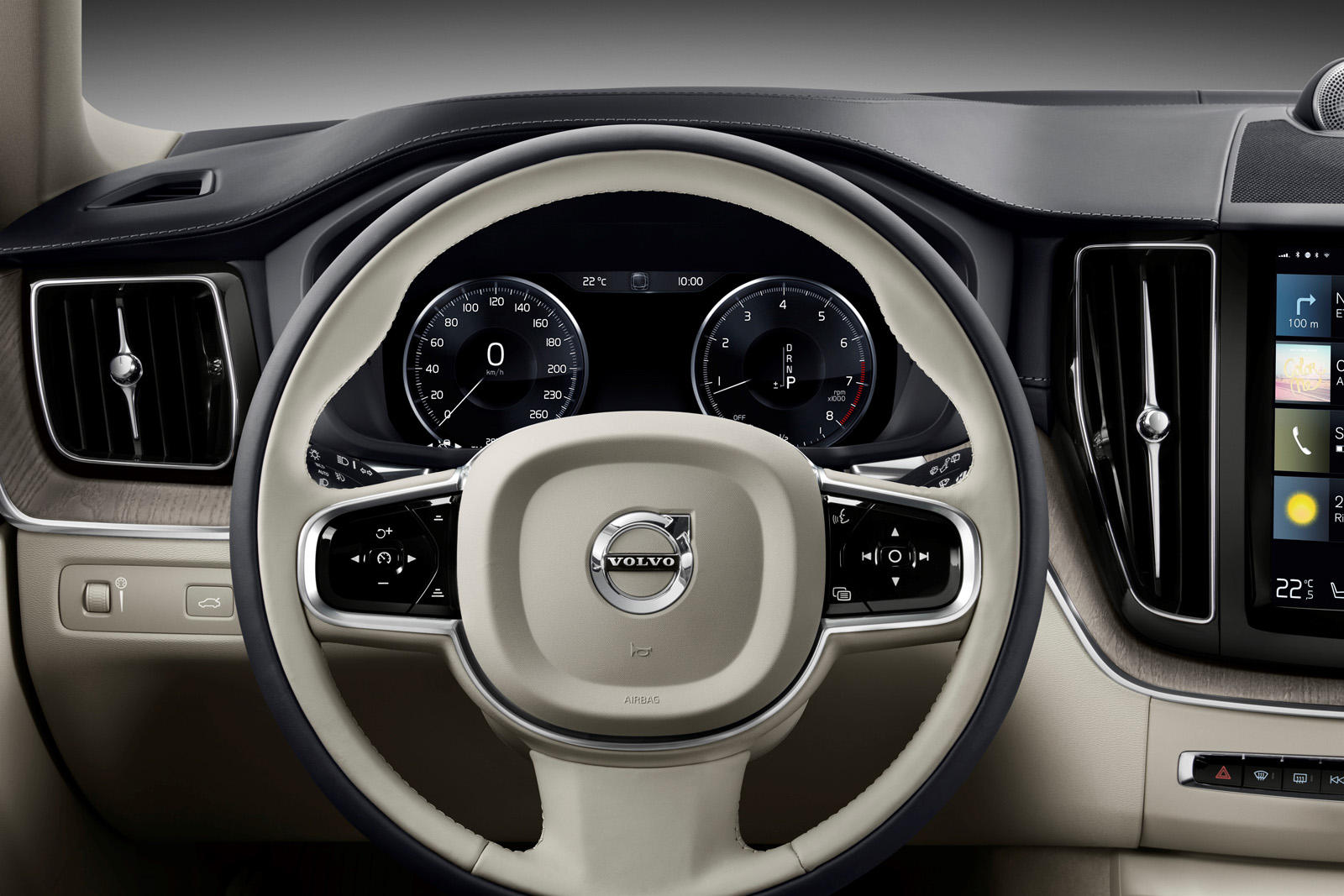 (Volvo)