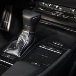2020-Lexus-ES-350-F-Sport-Interior-14
