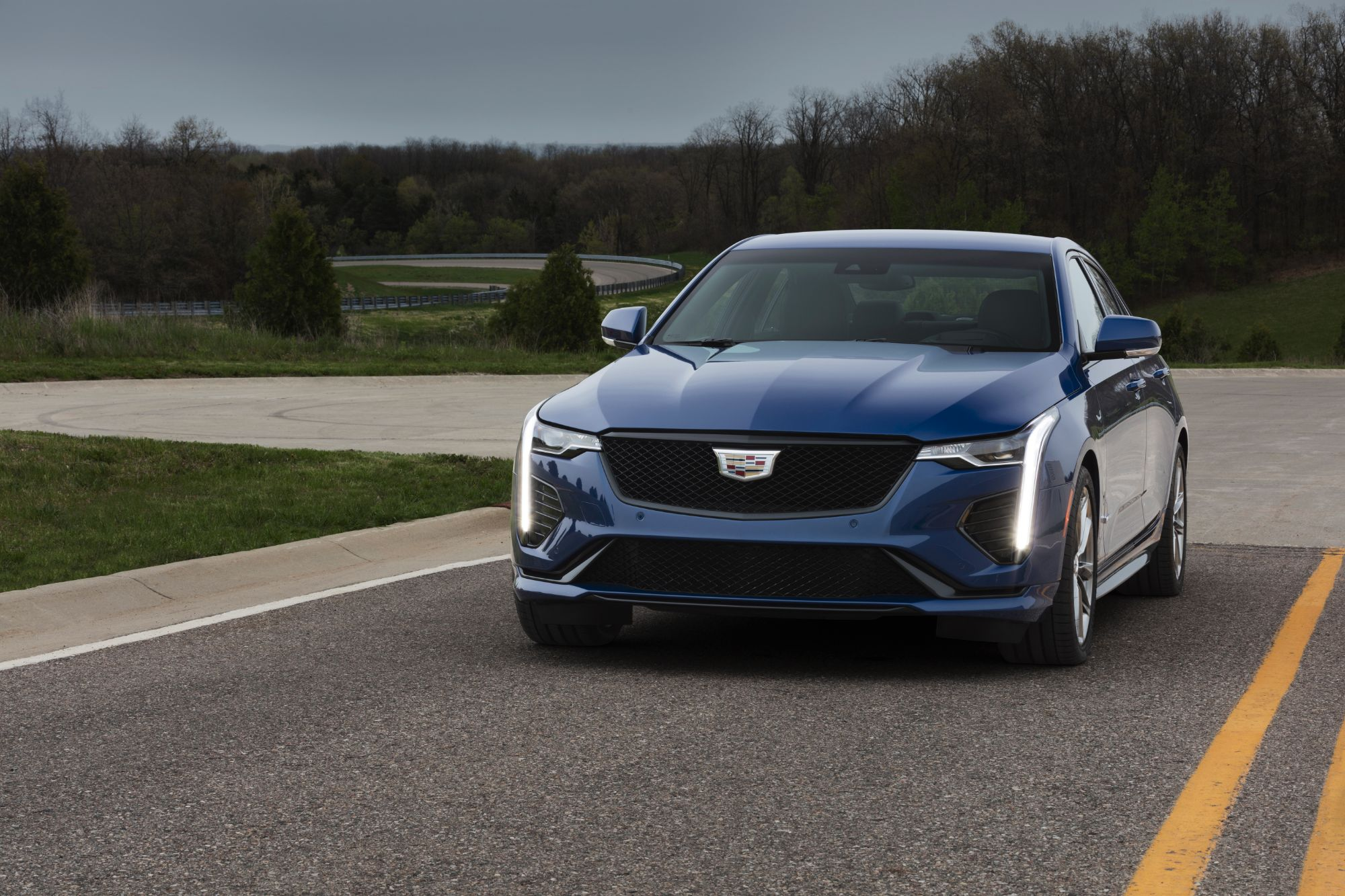 2020-Cadillac-CT4-V-003 (2)