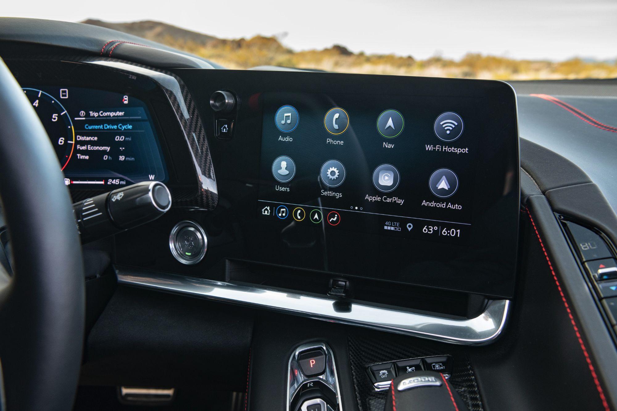 2020-Chevrolet-Corvette-Stingray-228