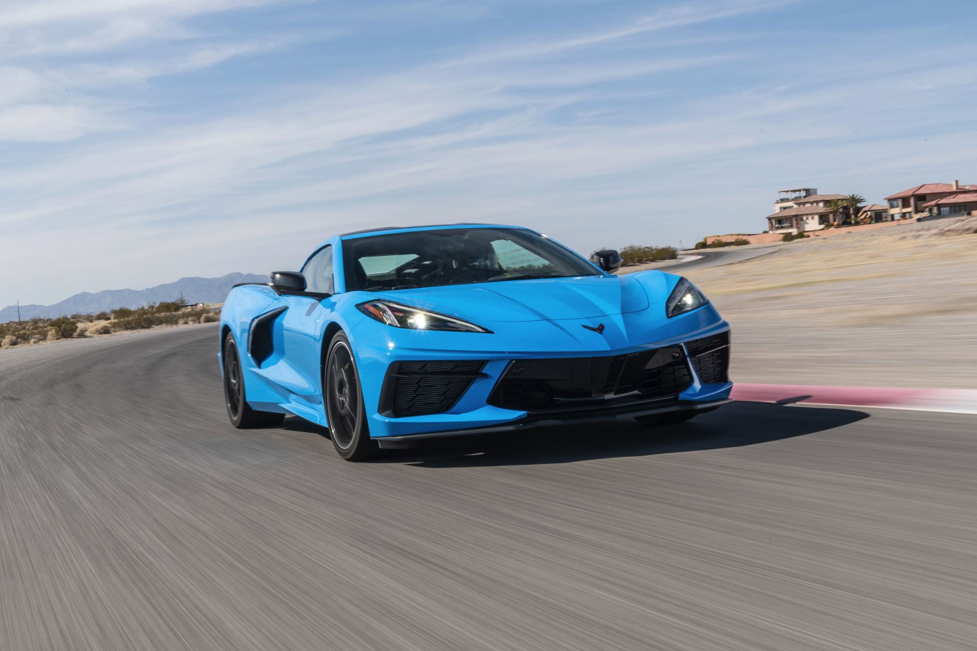 2020-Chevrolet-Corvette-Stingray-247