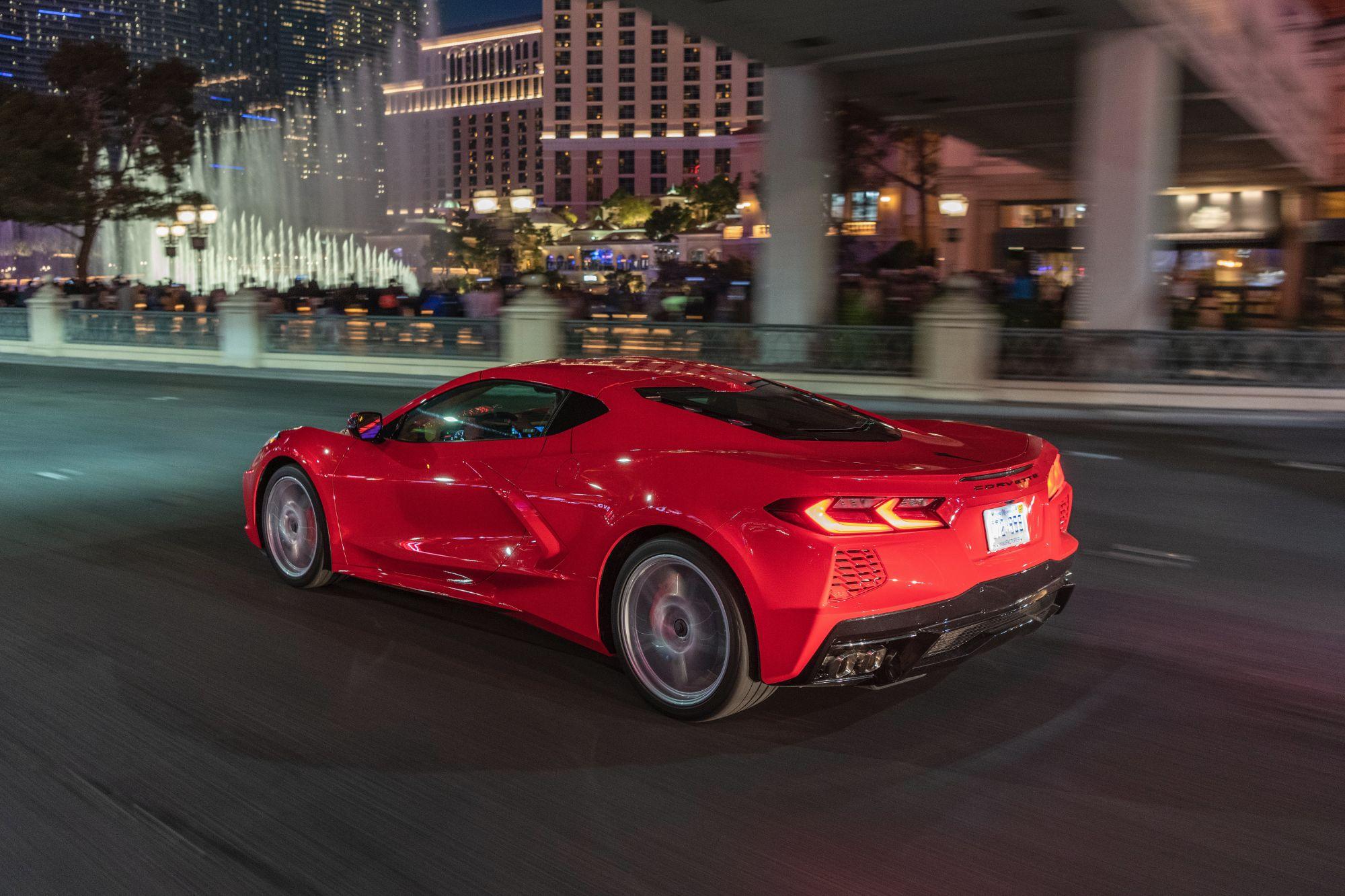 2020-Chevrolet-Corvette-Stingray-260