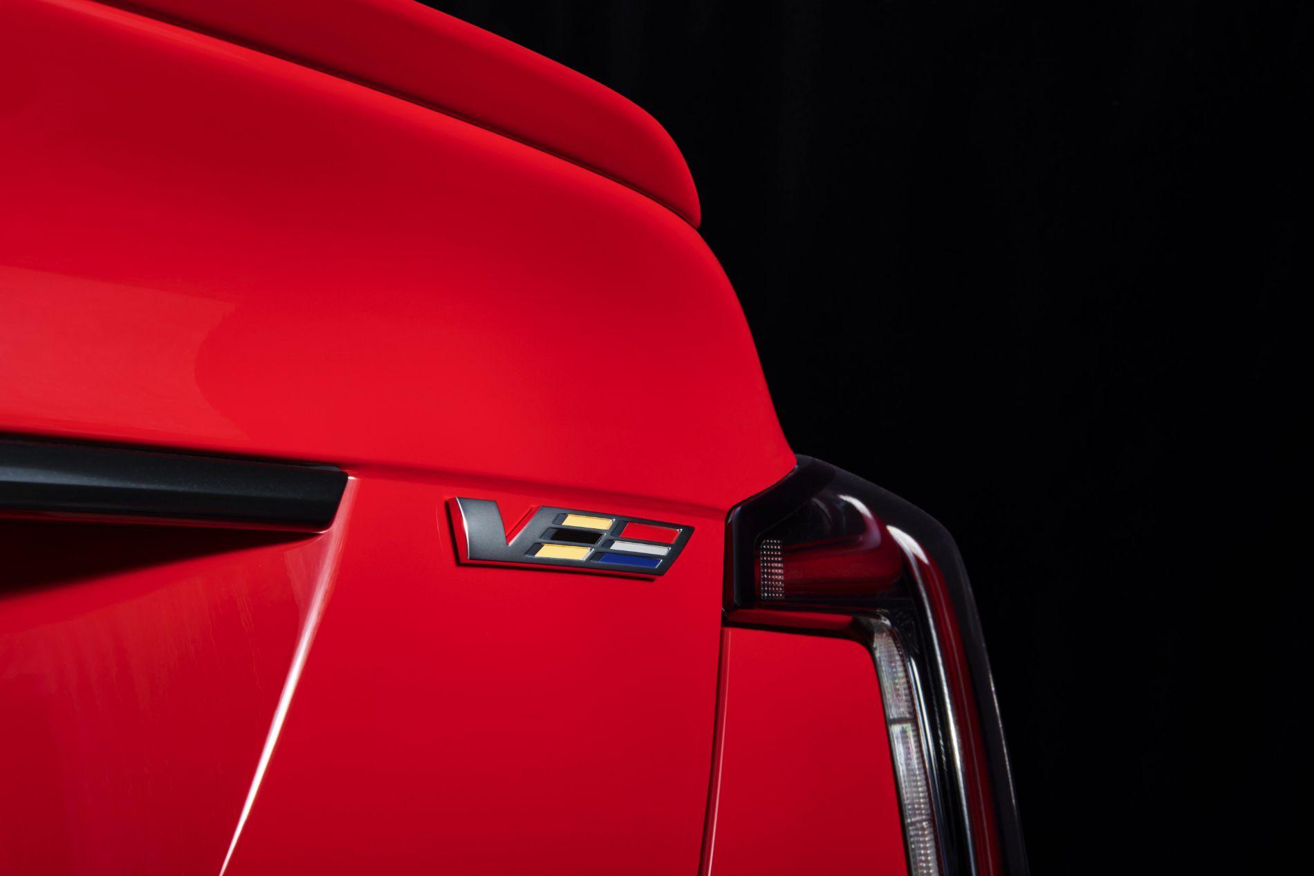 2021-Cadillac-CT5-V-002