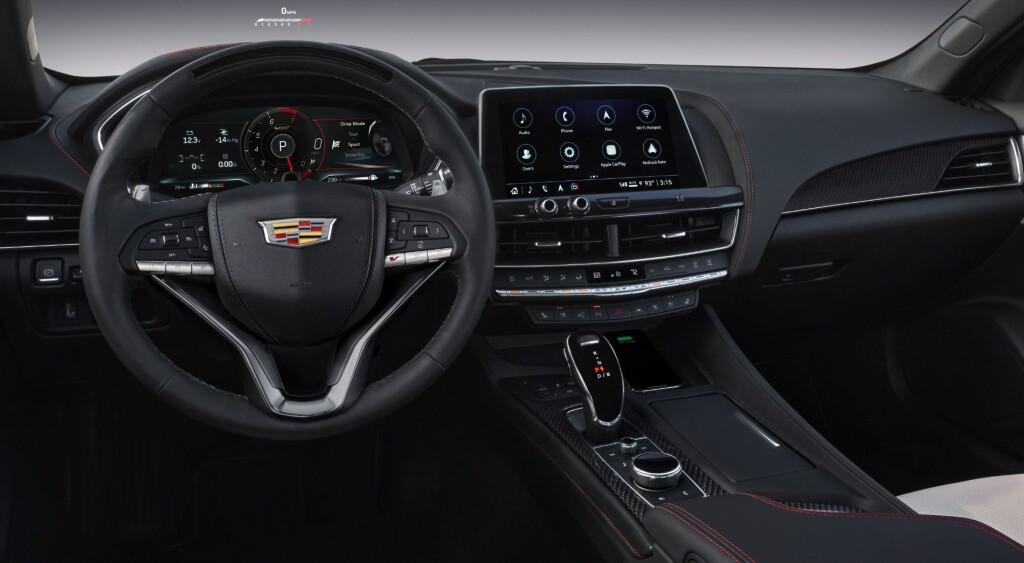 2021-Cadillac-CT5-V-005