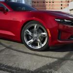 2020-Chevrolet-CamaroLT1-002