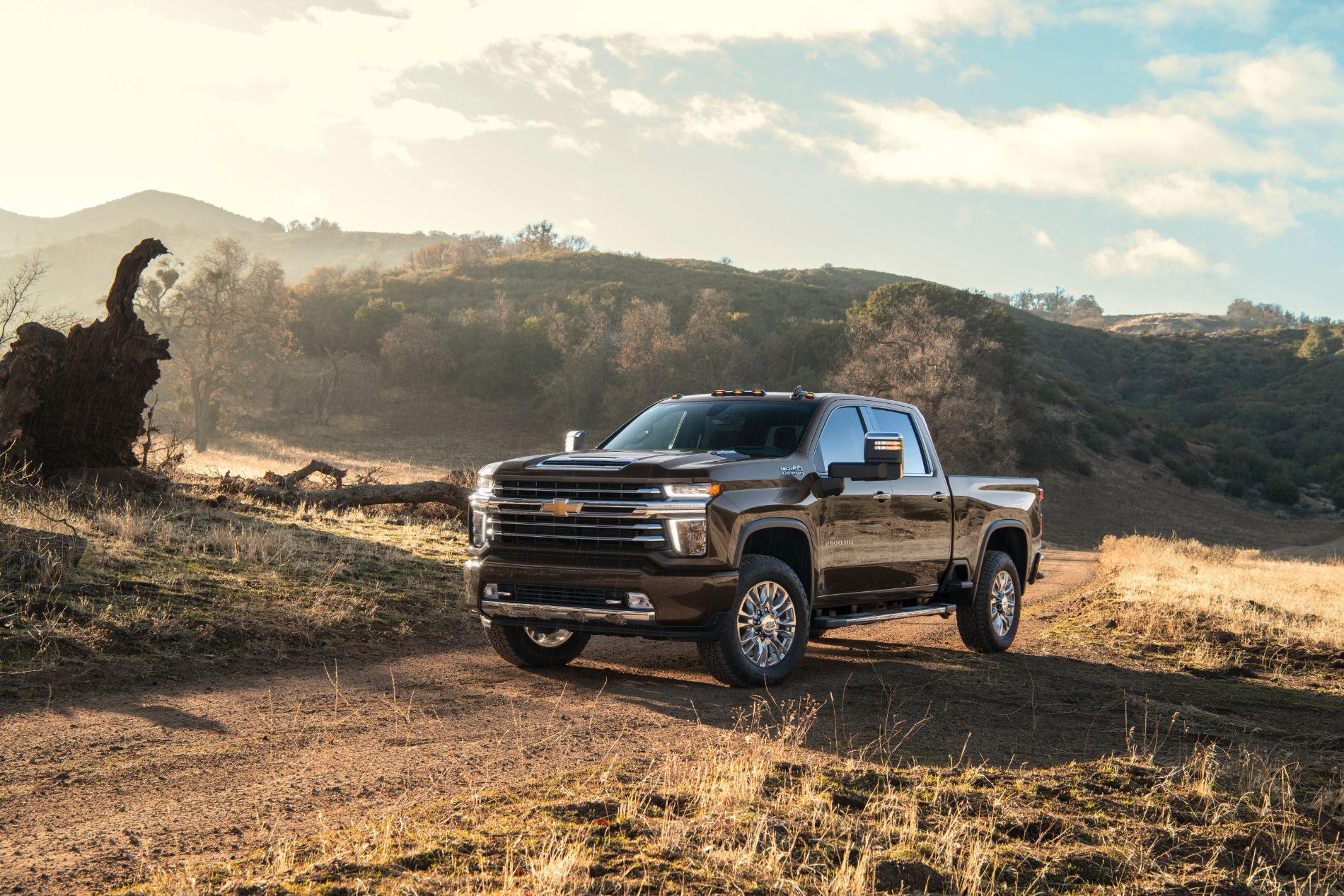 2021-Chevrolet-Silverado-2500HD-HighCountry-020