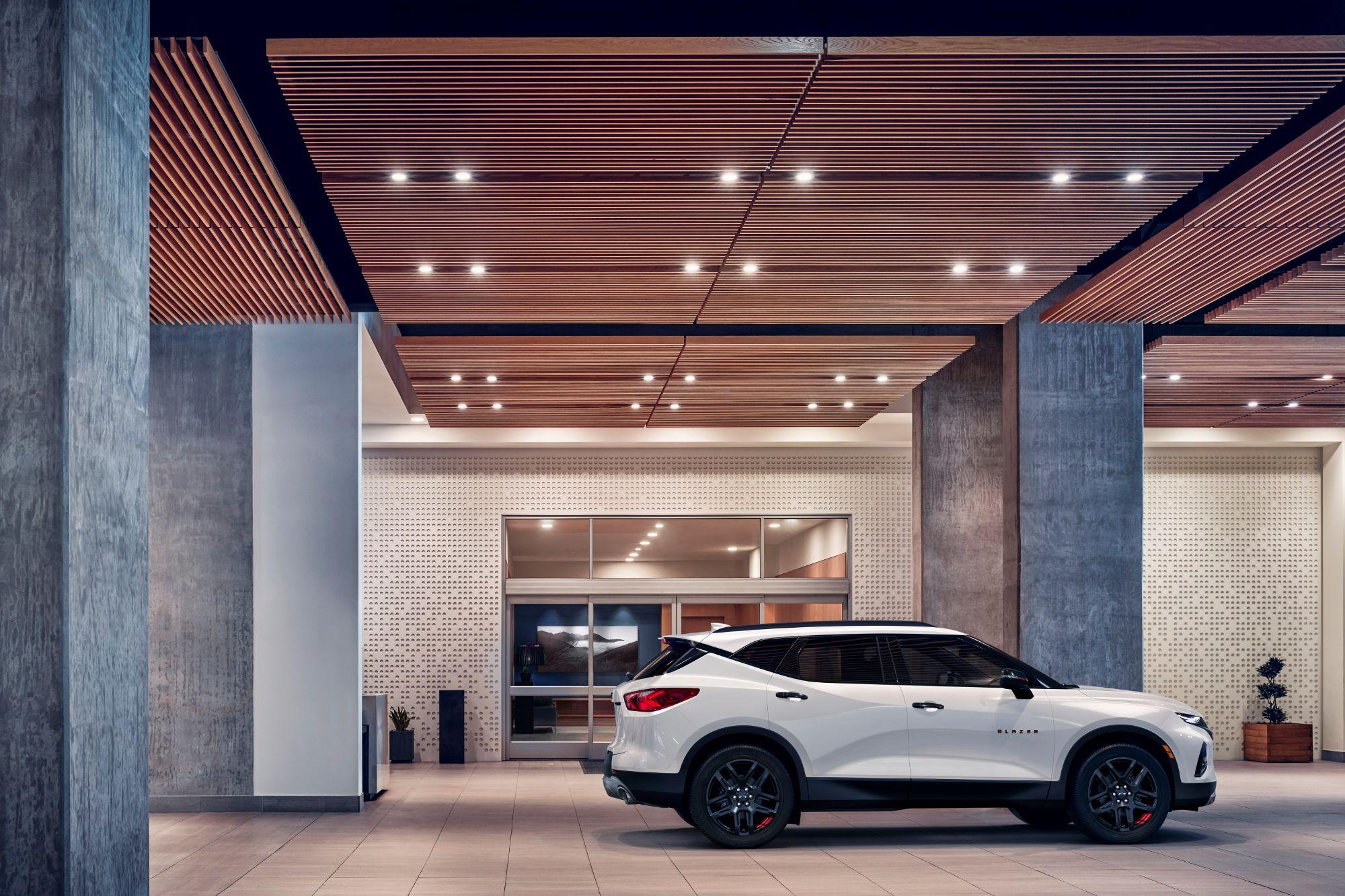 2021-Chevrolet-Blazer-007